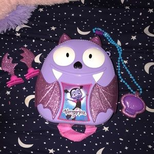 Vampirina Purple Plastic bag w/ Accessories